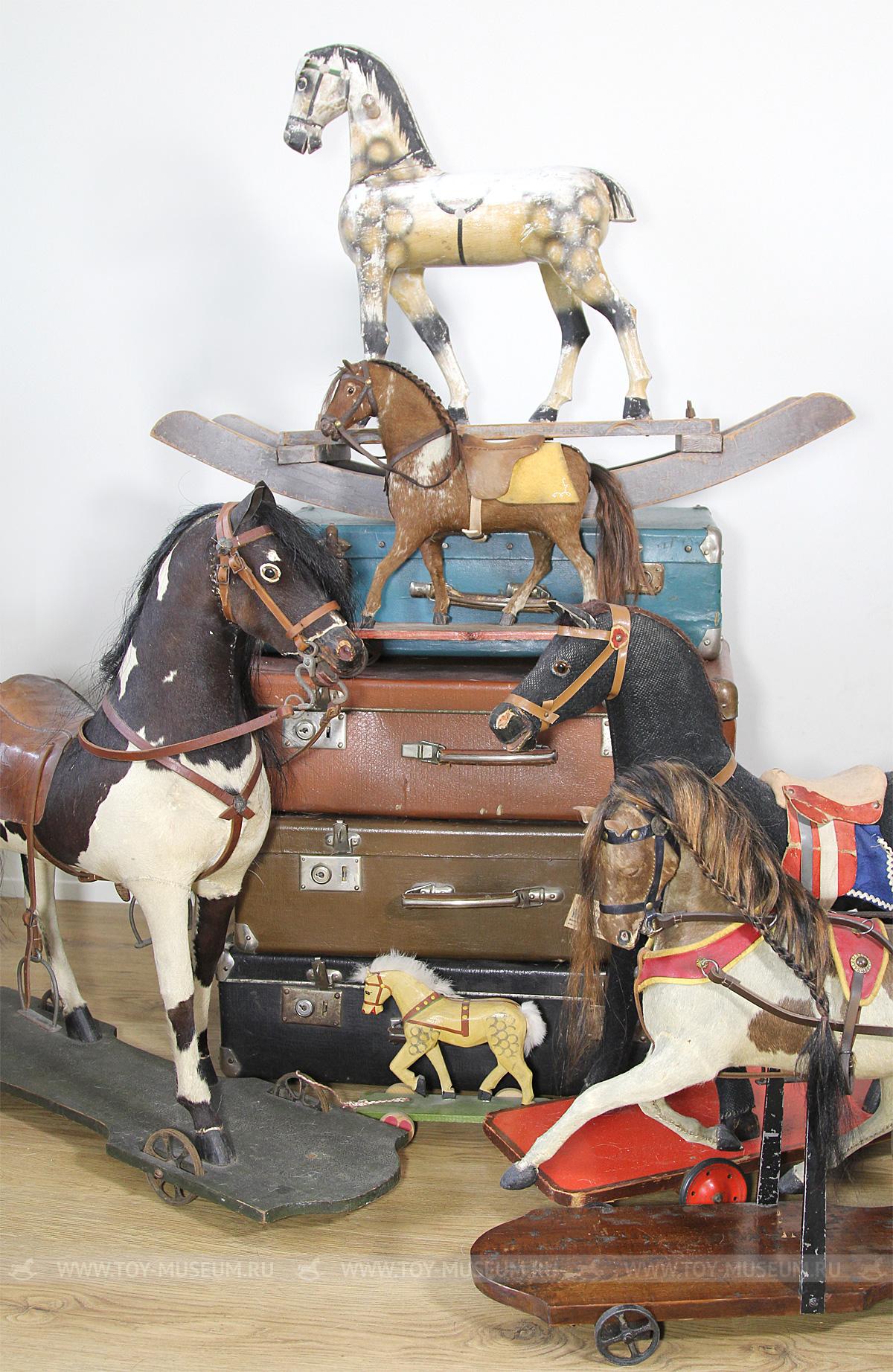 Немецкие старинные лошадки